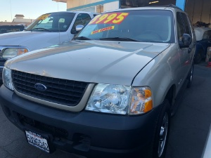 2005 Ford Explorer Photo
