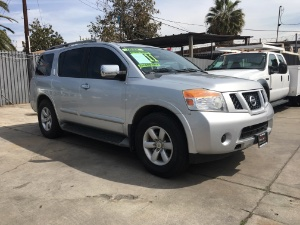 2011 Nissan Armada Photo