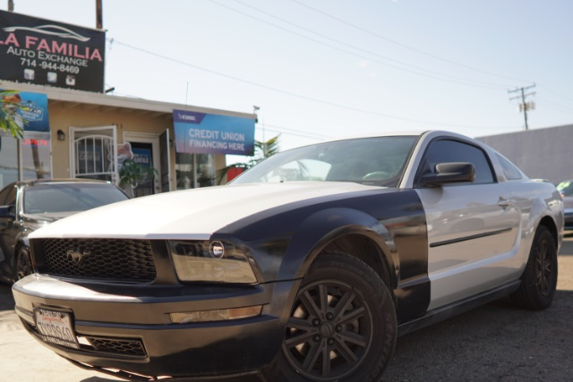 2008 Ford Mustang V6 >> 2008 Ford Mustang V6 Deluxe La Familia Auto Exchange In