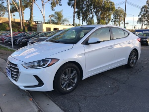 2018 Hyundai Elantra Photo