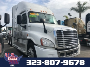 2015 Freightliner Cascadia CA Photo