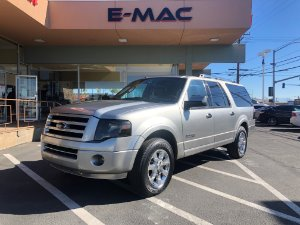 2008 Ford Expedition EL Photo