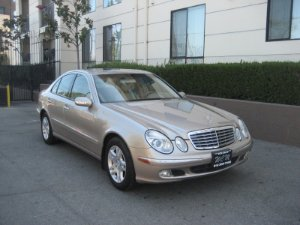 2005 Mercedes-Benz E-Class Photo