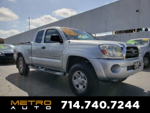 2005 Toyota Tacoma Photo