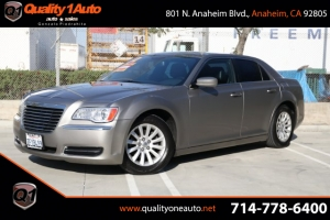 2014 Chrysler 300 Photo