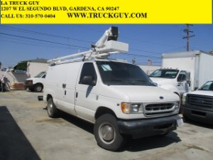 2002 Ford E-Series Cargo Photo