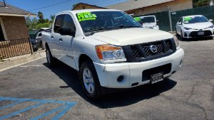 2013 Nissan Titan Photo